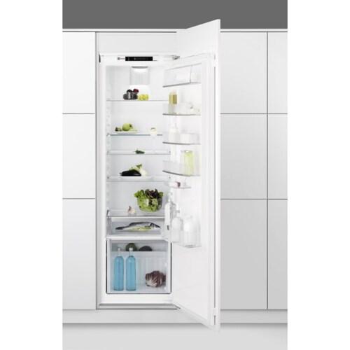 køleskab integreret